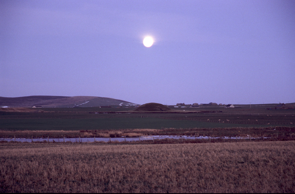 Moonrise over Maeshowe, winter solstice.