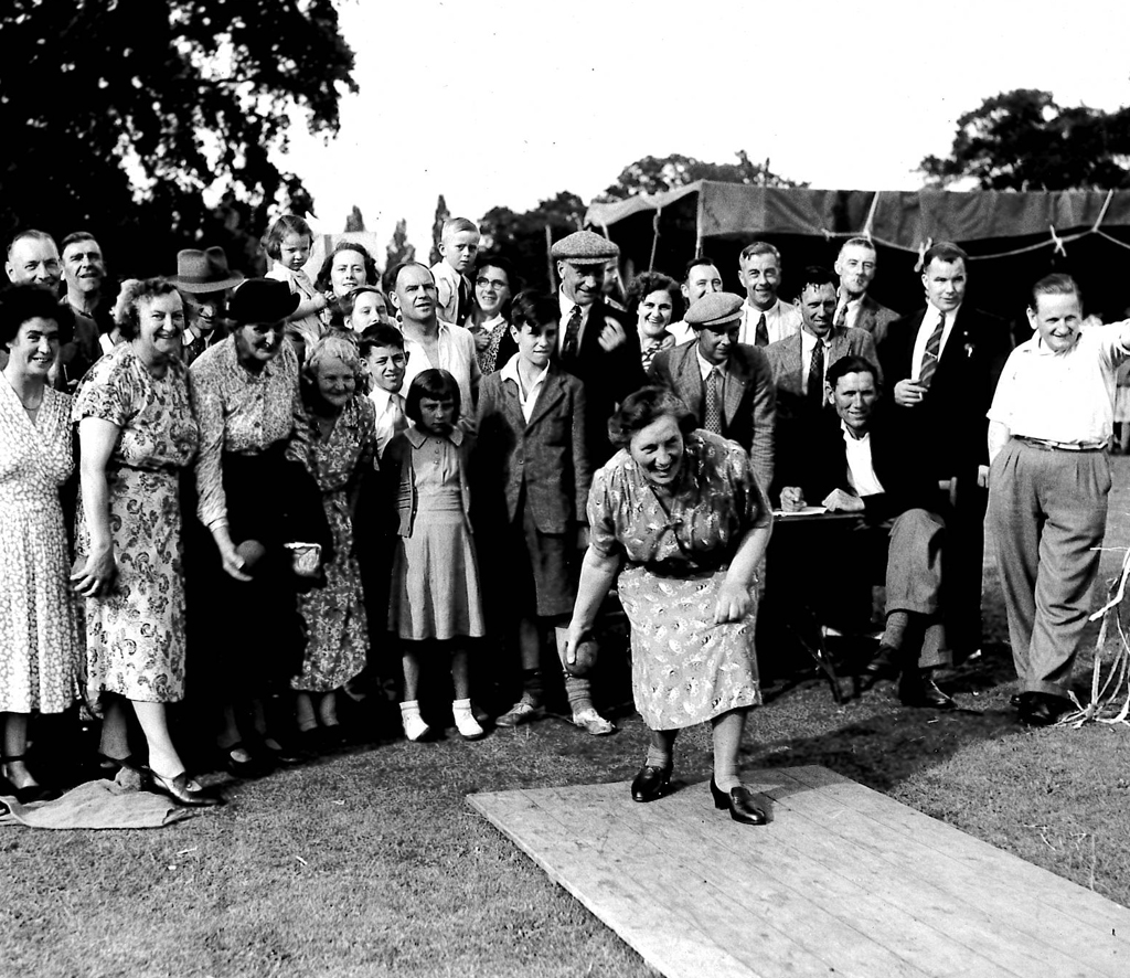 Miss Poulton bowling at The Leigh fete copy