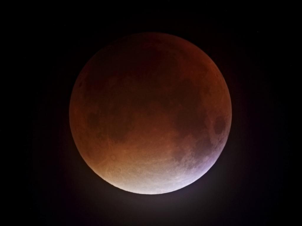 Total-Lunar-Eclipse_20150928_actough