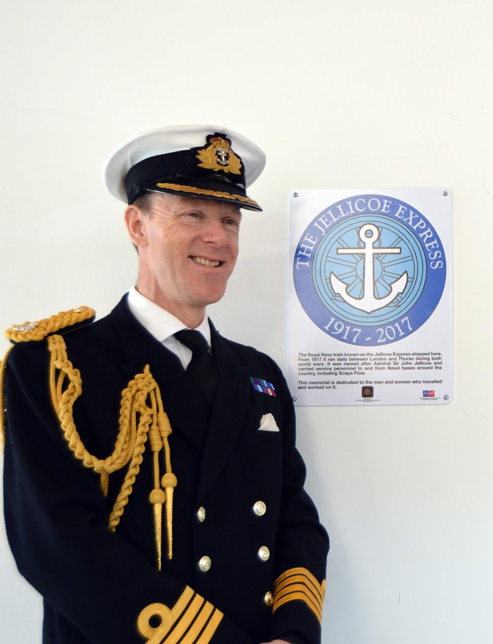 Capt Chris Smith