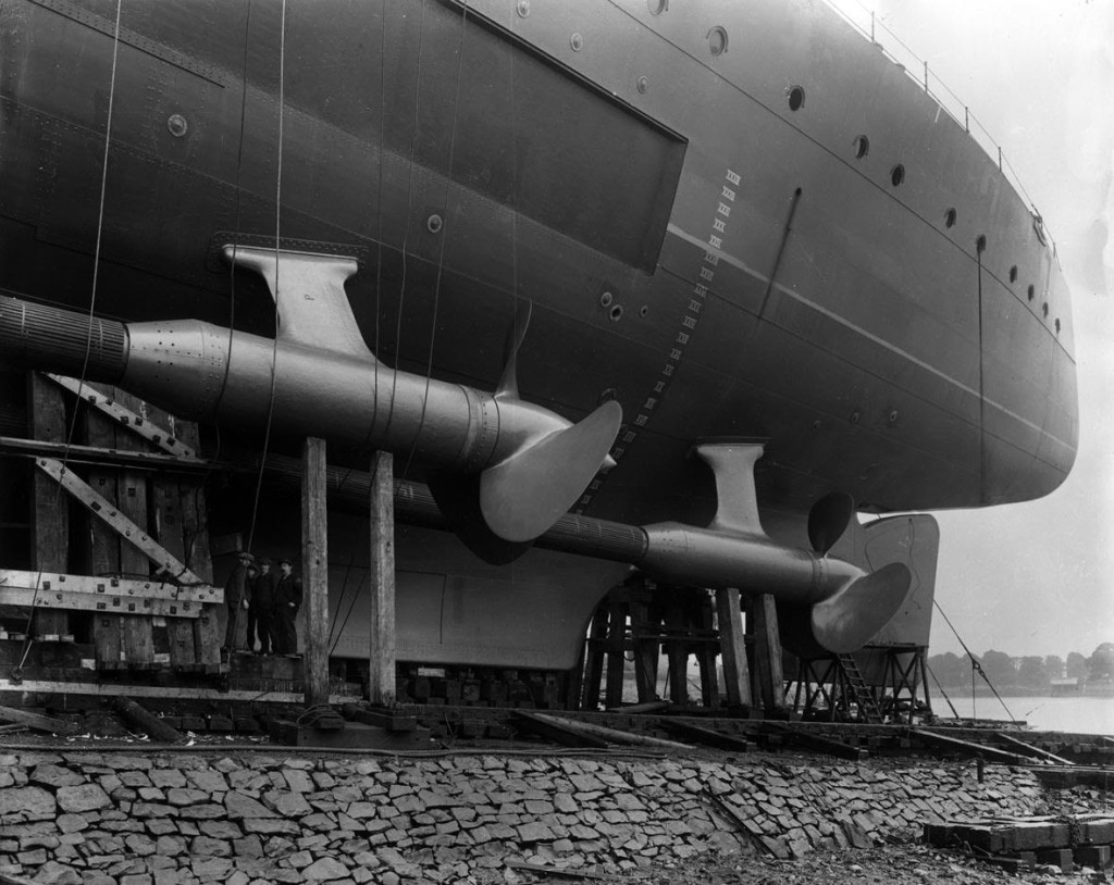 HMS Hood in the Clyde