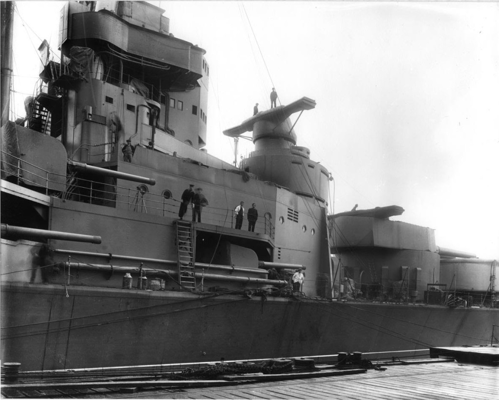 HMS Hood in the Clyde 2
